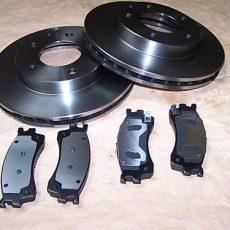2x brzdové kotúče + brzdové platničky Mazda Premacy predná náprava