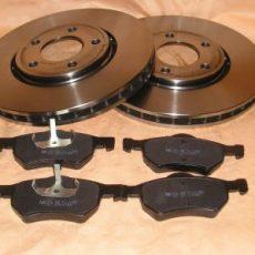 Brzdové kotúče + platničky predná náprava Chrysler Voyager od 2001